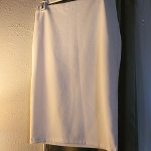 Forever 21  White pencil Skirt